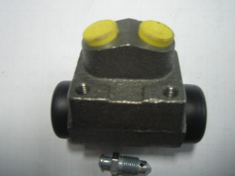 Brake Wheel Cylinder, FORD, OEM#:1517558 Bendix#:211746B OEM#:72GB2261BA,96FB2261AA, 1484 752,1006013. Ford Escort 81, Escort III, Fiesta Box/IV,KA,Orion I,Puma,Taunus 80/GBTS