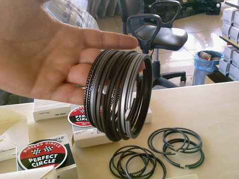PISTON RINGS FOR AMERICAN ENGINES