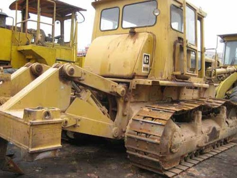 OFFER USED CAT D6D,D7G,D7H,D8K,D8L,D8N,KOMATSU D85A,D155 BULLDOZER