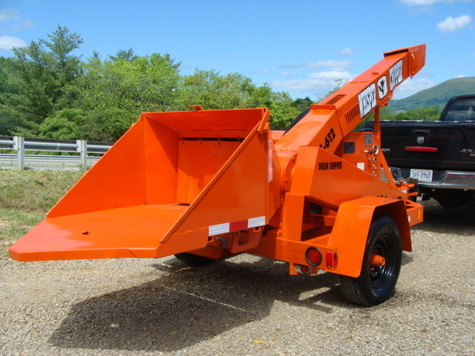 ALTEC WHISPER WOOD CHIPPER 6 CYL FORD BRUSH SHREDDER !!