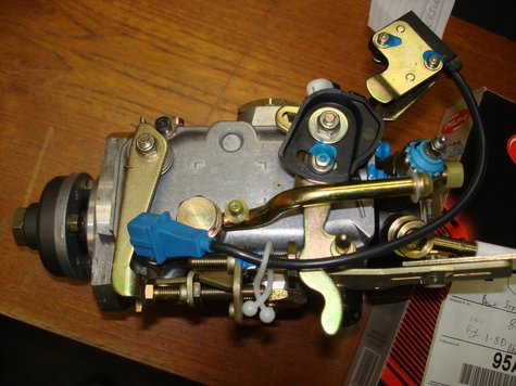 Fuel Injector Pump Ford 1.8D (Lucas Type) - Surplus