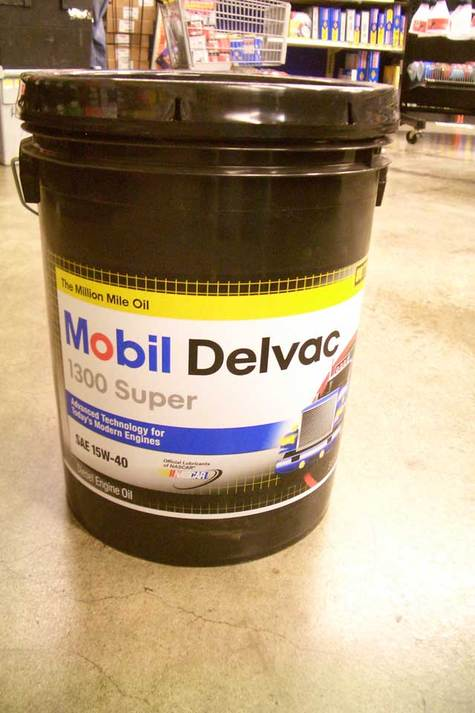Mobil Delvac 1300 Super 10W-30 and 15W-40 Diesel Motor Oil