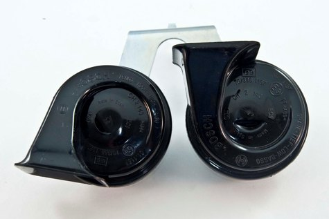Genuine Bosch Horns with trumpet