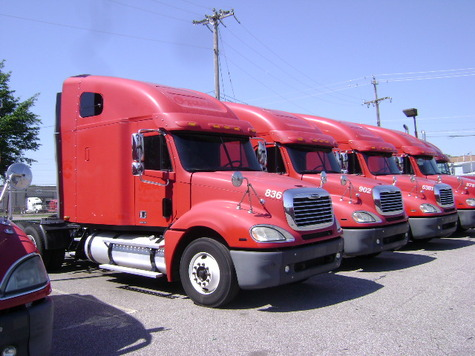 2003-2006 Freightliner Classic 132 XL