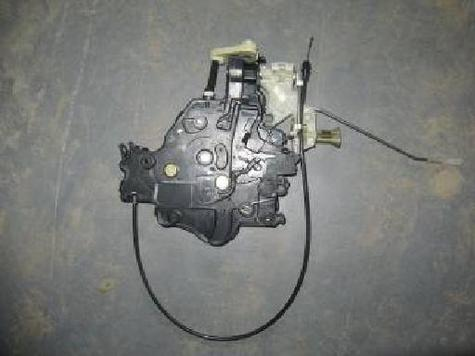 VW CADDY REAR DOOR LOCK(LEFT) OEM NO: 2K0 843 653E