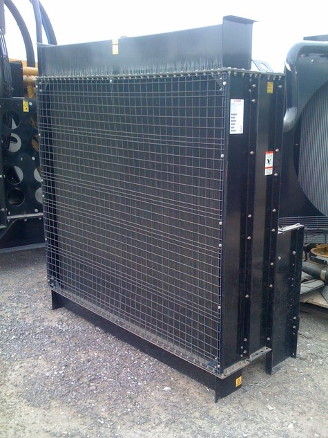 Caterpillar 28 square foot Radiator - Item #4995