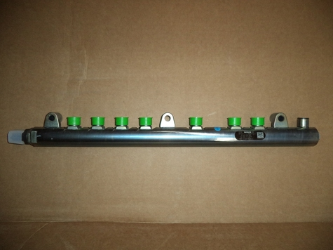 0-445-226-065 Bosch Fuel Rail-NEW