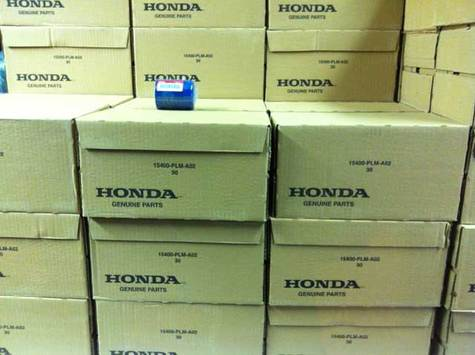 Honda genuine Oil Filter part # 15400-PLM-A02