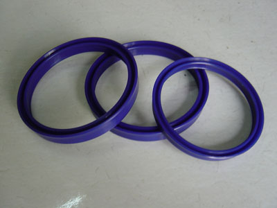 High pressure grease seal