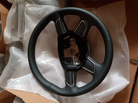 Audi Q7 Leather Steering Wheel 8U0419091A